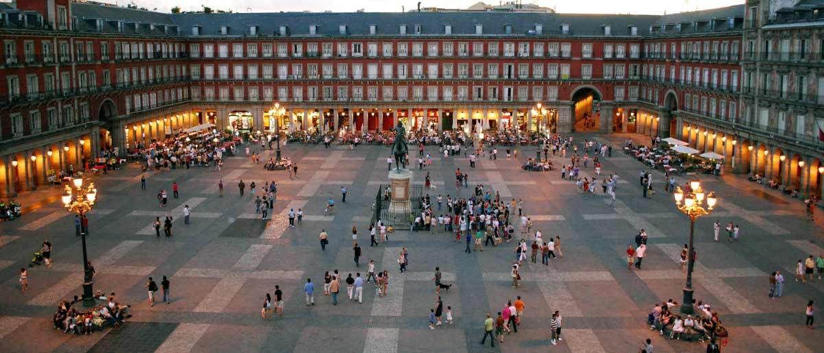 Plaza mayor madrid roundalia - Montadores de pladur en madrid ...